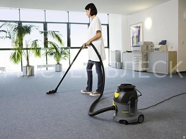 химическая чистка ковролина в офисе